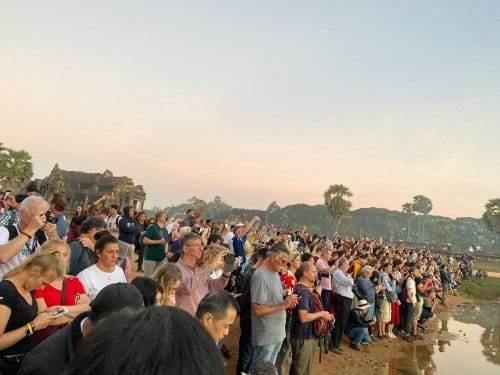 Sonnenaufgang Angkot Wat - alleine ist man nicht!