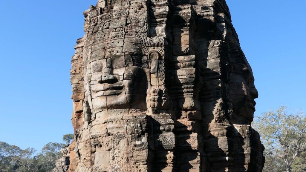 Der Bayon Tempel mit den Steingesichtern.