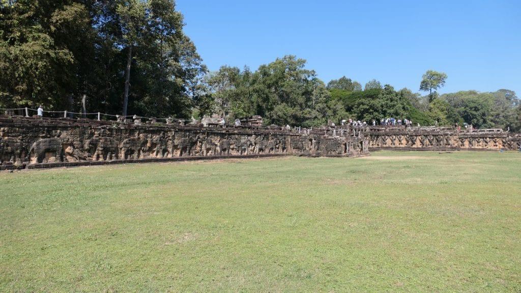 Die Terrasse der Elefanten - Highlight von Angkor Thom vor dem Baphuon Tempel.